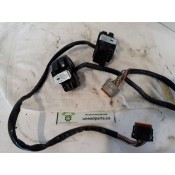 USED - 2005 FLHTCU Handle Bar switch controls (missing volume button)